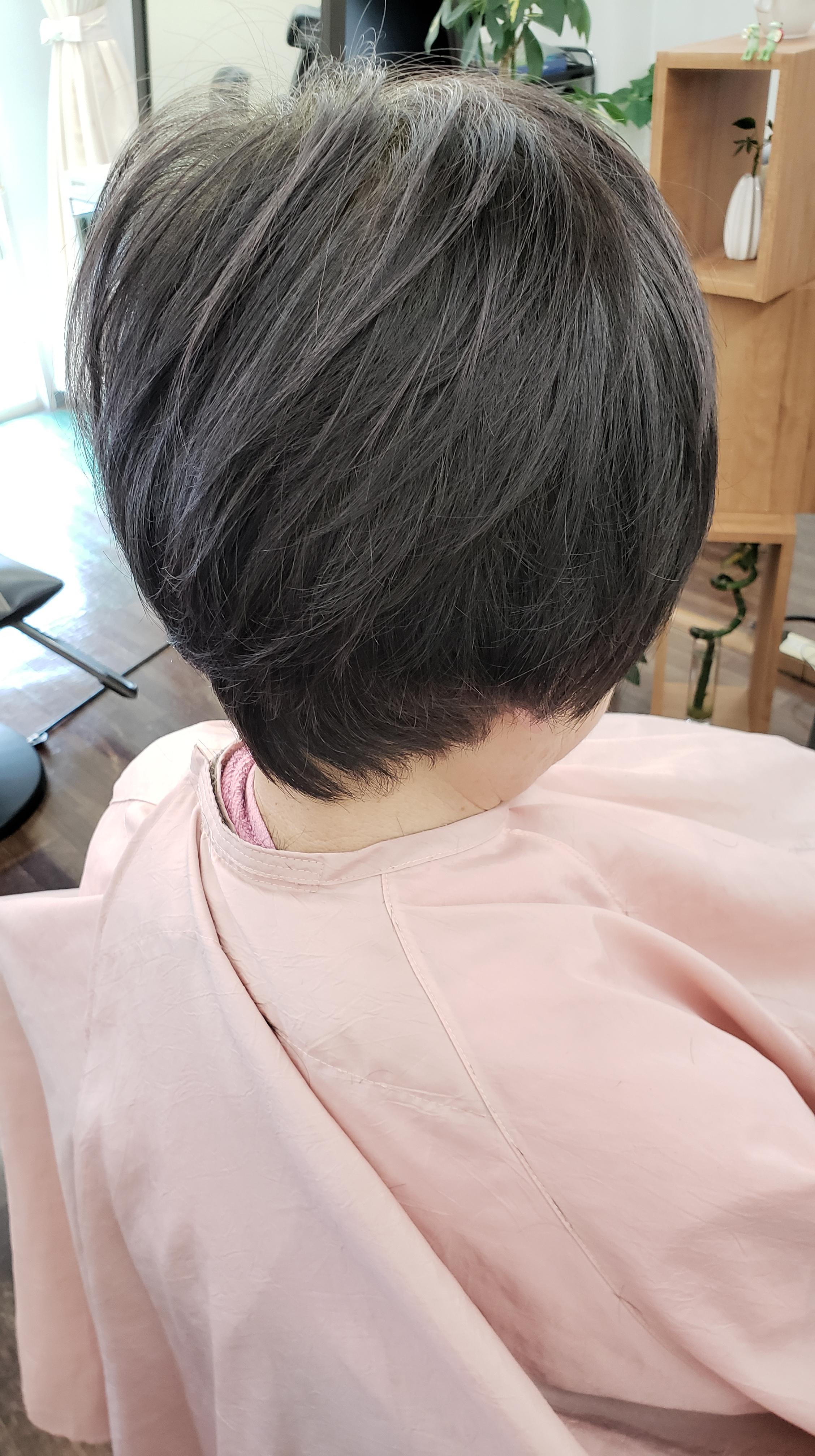 はえぐせがきつい髪の毛におさまる意思をもたせる