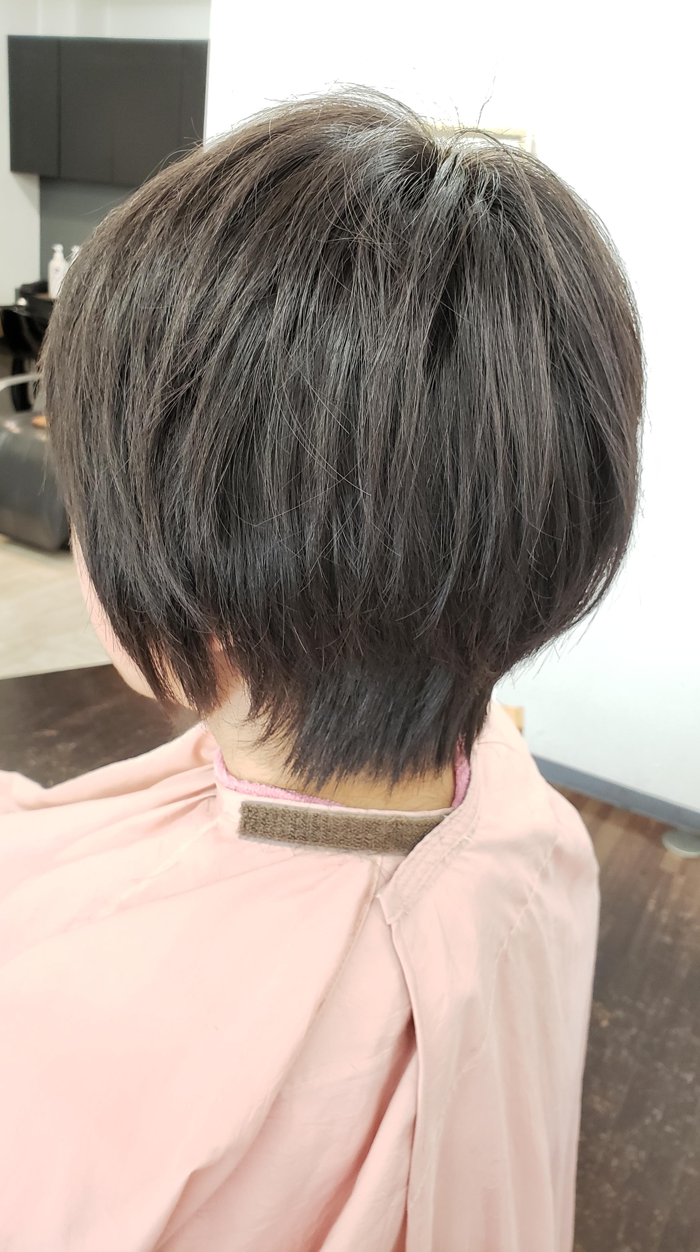 いらない毛を切って形をつくるから長持ちキュビズムカット