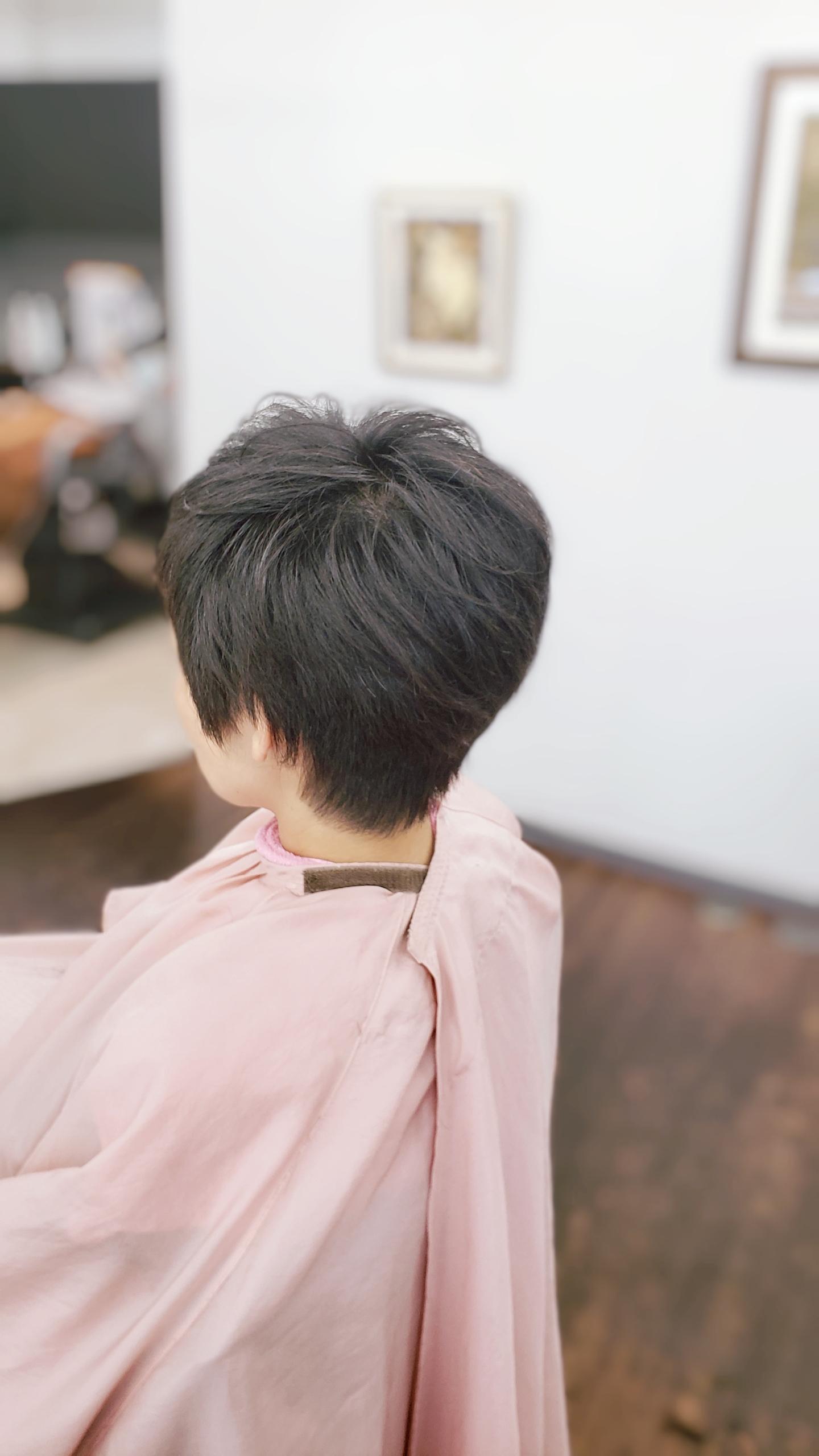 髪が多すぎて困るんです。